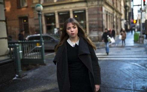 Breanne Thomas, estagiária da Foursquare, em Nova York: diferentemente da geração de seus pais, não é suficiente encontrar um emprego fixo.